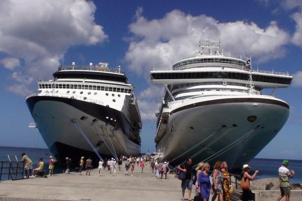 cruise-ships-in-port1.jpg